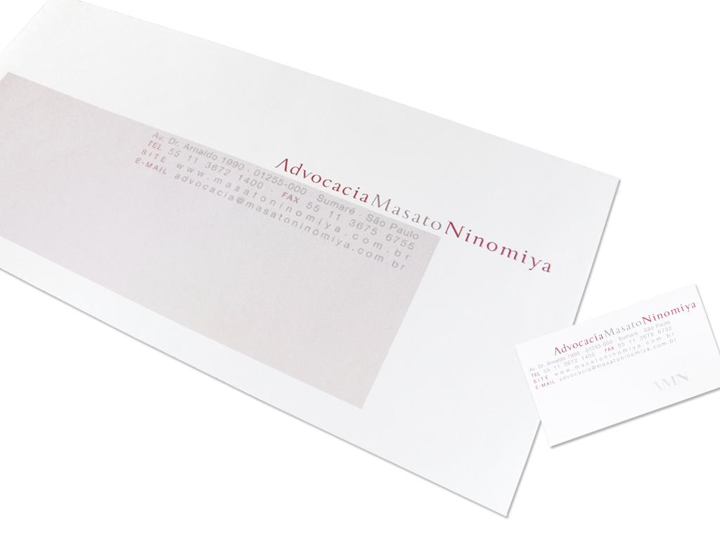 Papelaria (Envelopes e Cartões de Visita).